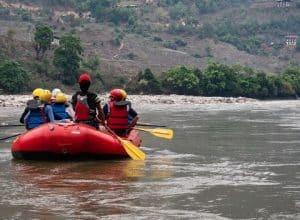 River rafting in Punakha Bhutan